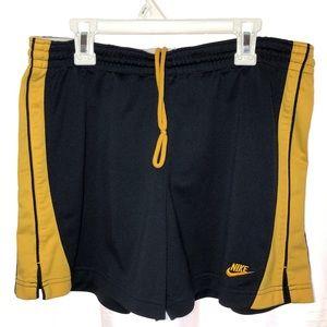 """Nike running shorts women's M (8-10) Navy 3""""inseam"""